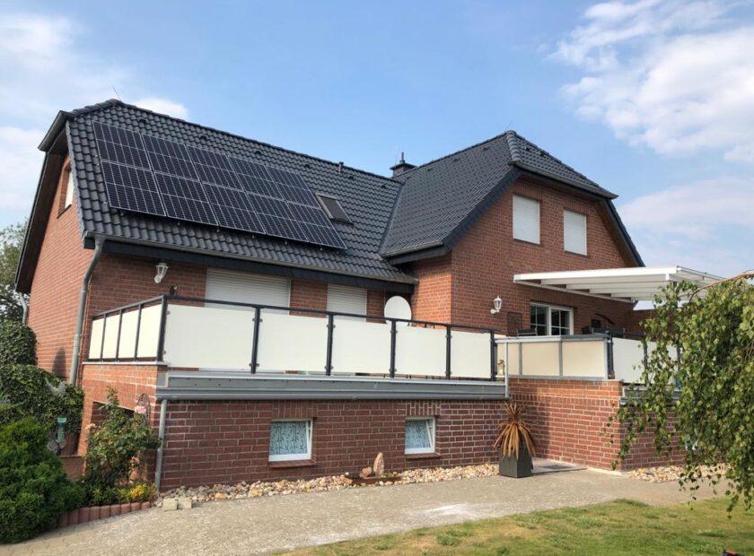 Различни монтажни работи на покрива - Германия