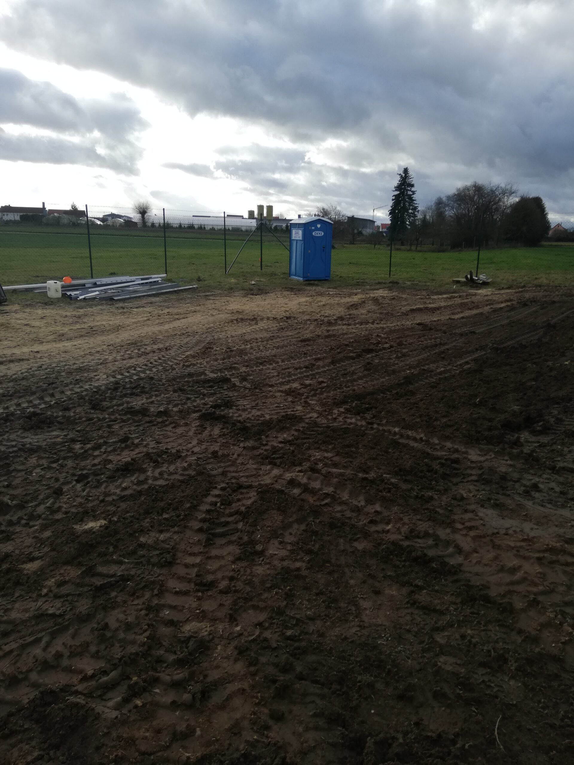 1MW Mechanical Works incl. Fencing, Road Works, Ramming, Metal Structure and PV module installation